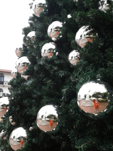 reflections in Panamanian Christmas Balls