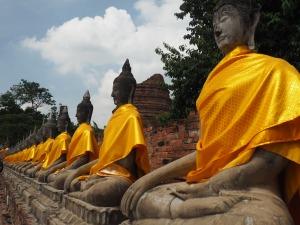 Line of Buddhas